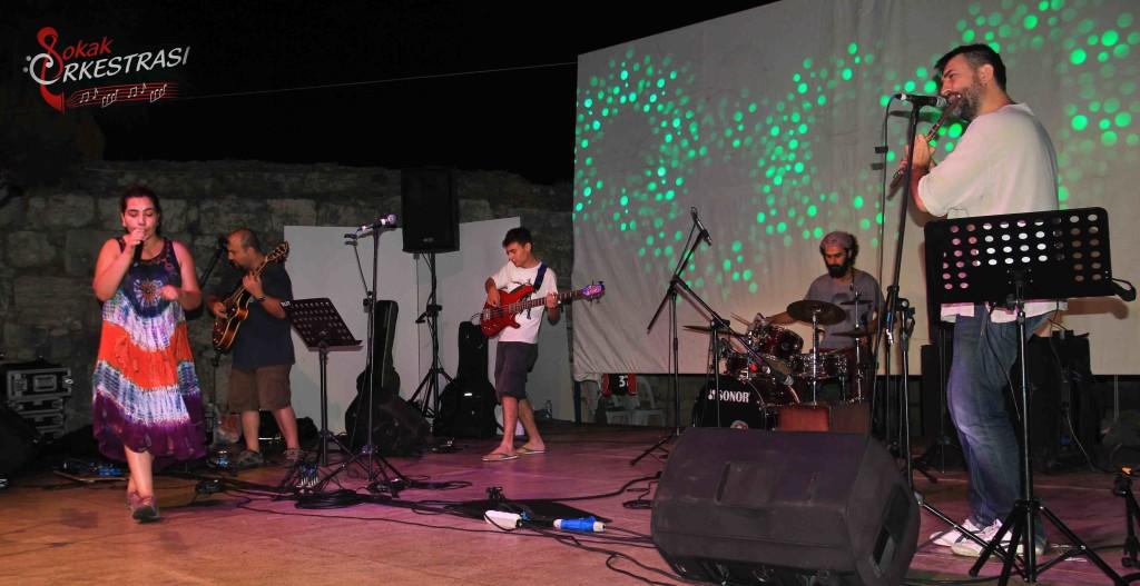 Sokak Orkestrası Karaburun Bilim Kongresi